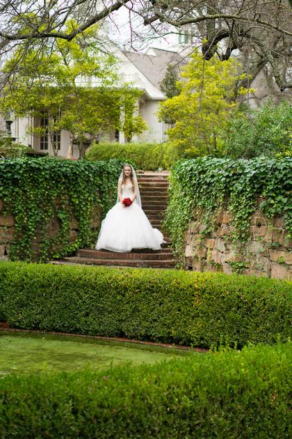 Leia Jobe | Jordan\'s Bridal Portraits - Chandor Gardens in ...