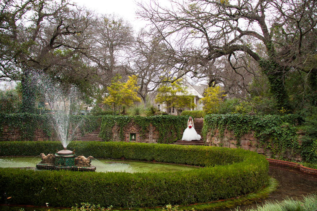 Leia jobe jordan 39 s bridal portraits chandor gardens in weatherford texas for Chandor gardens weatherford tx